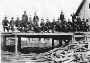Allasjärven sahan väkeä 1930-luvulla