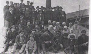 Sahatyöväkeä 1900-luvun alussa (3)