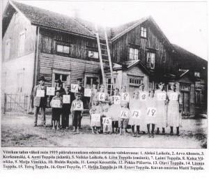 Toppilan perhe Viinikassa